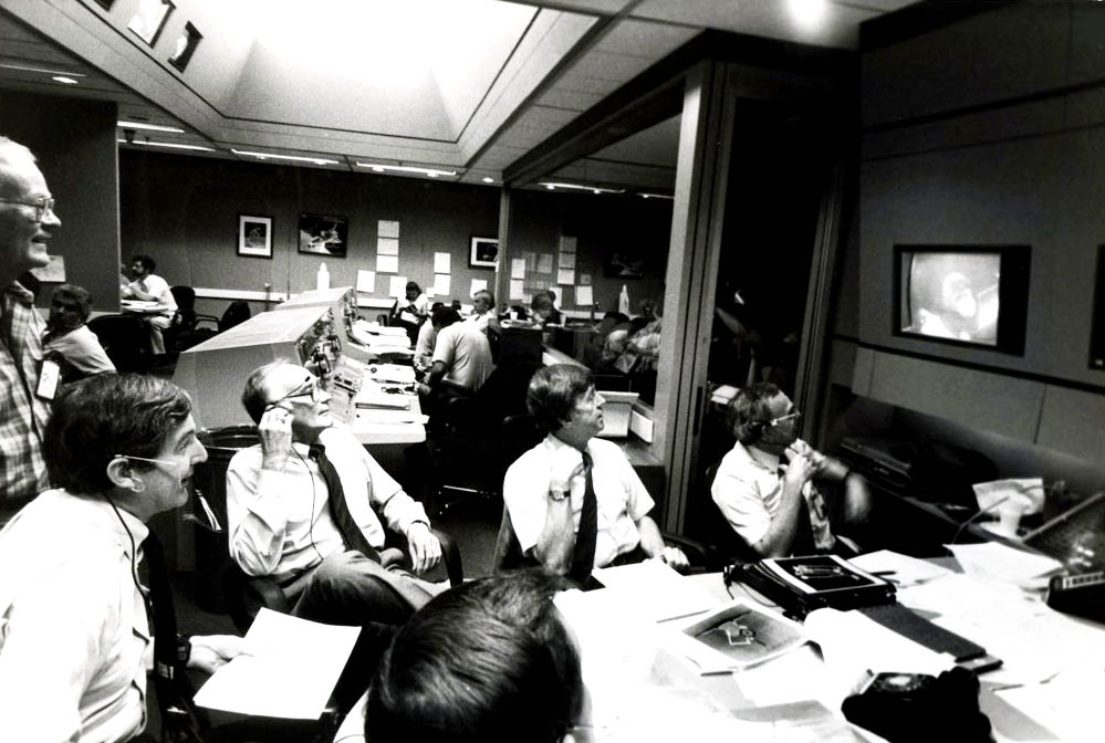 Bill Macgillvary, Steve Dorfman, Marv Mixon, Harold Rosen and Chuck Rubin at Houston Mission Control During the Rescue Mission